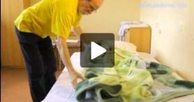 Pielęgnowanie obłożnie chorego w domu – Łóżko chorego leżącego